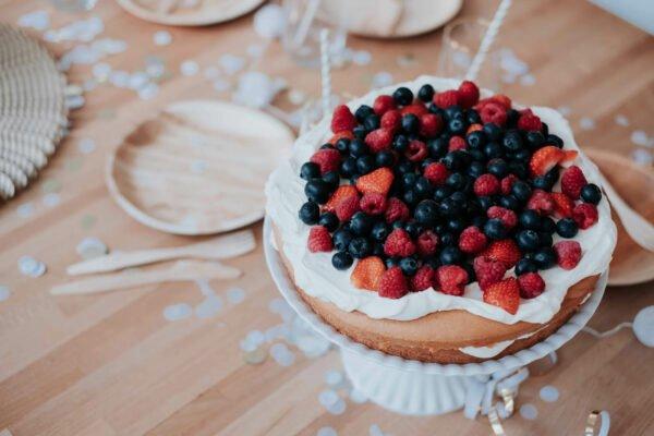 stapeltaart-aardbei, bosbes & framboos